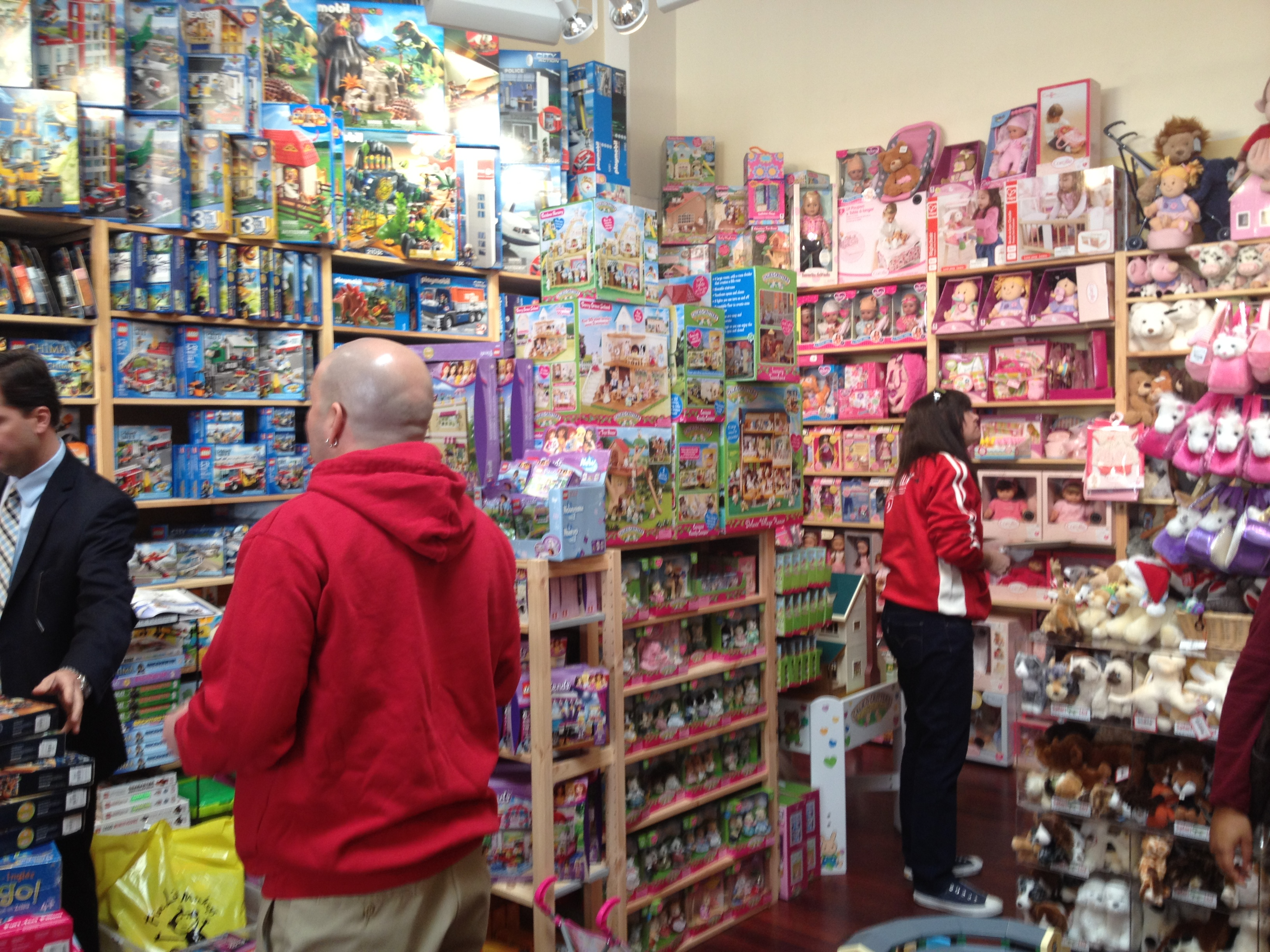 Toys For Toys : Alice fm sarah vinnie toys for tots shopping day at